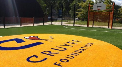 Johan Cruijff Court voor Thabelang Disabled Center